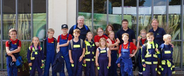 Die Kinder- und Jugendfeuerwehr Hoiersdorf hat den Elbauenpark besucht